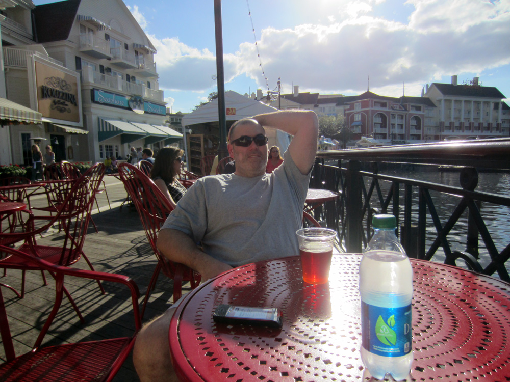 having a beer waiting for pizza on the Boardwalk